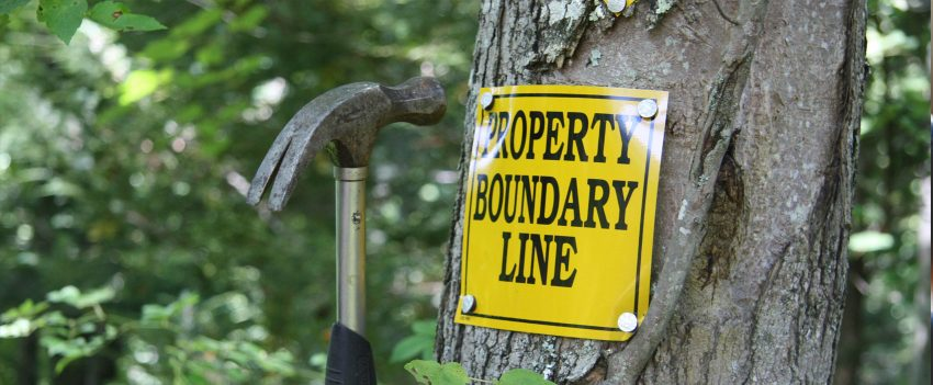 boundary dispute kenosha, kenosha property line lawyer, property line attorney kenosha
